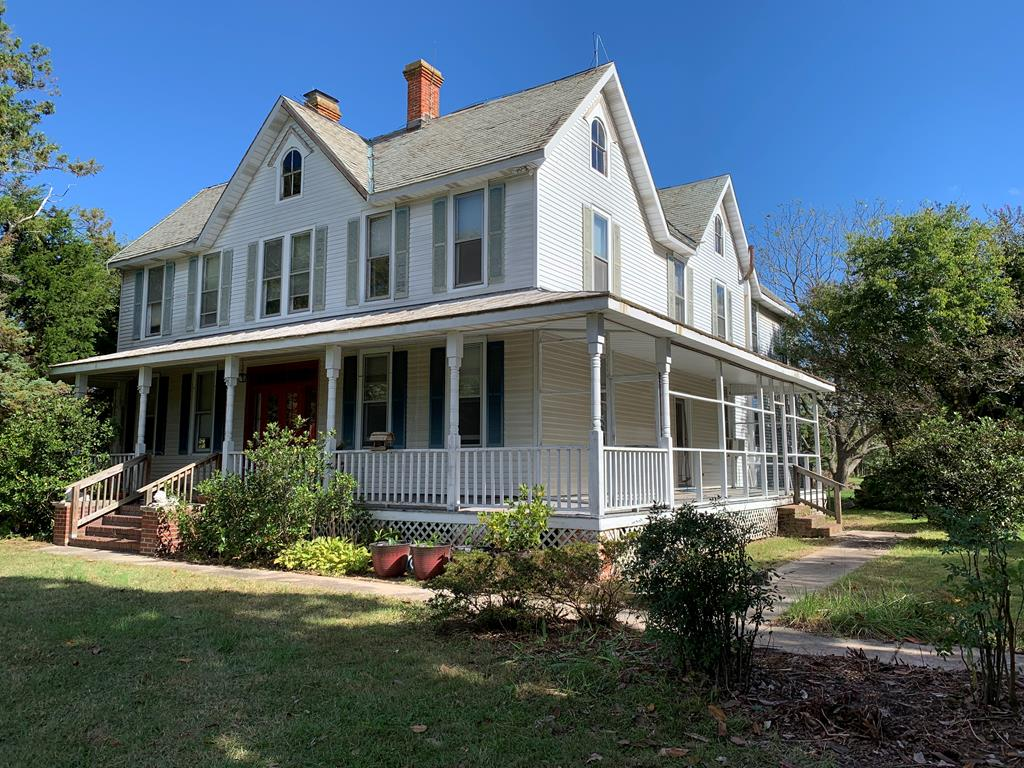 This property is a must see!  Fixer but good bones.