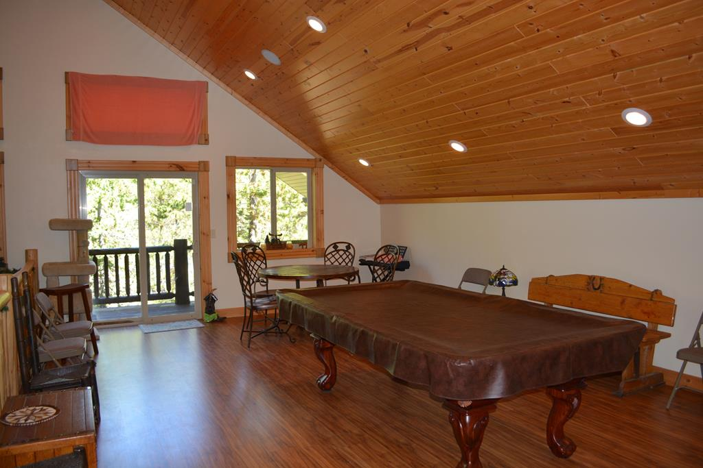 Upper loft game area