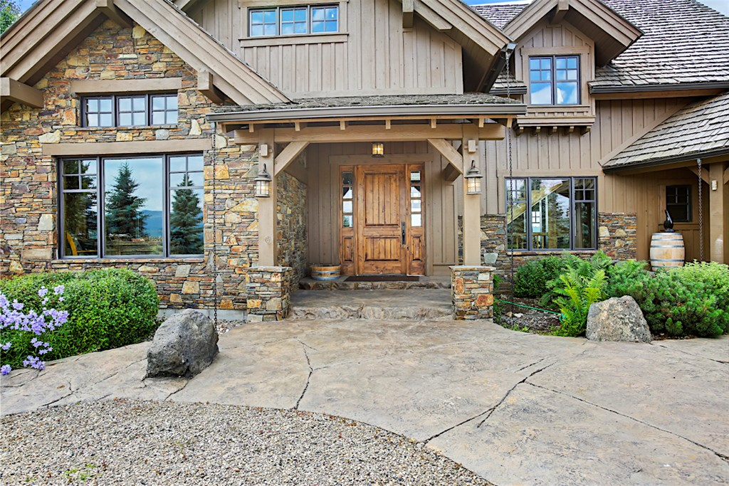 Warm and Inviting Front Entry