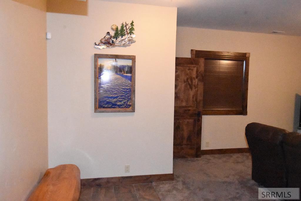 3875 Overlook Drive