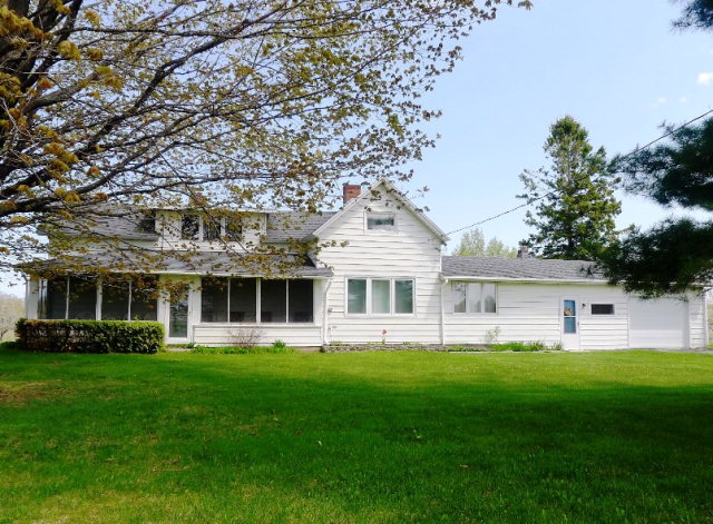 12680 Timberline Rd, Gills Rock, WI 54210