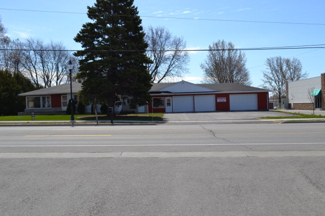 1451 Egg Harbor Rd, Sturgeon Bay, WI 54235