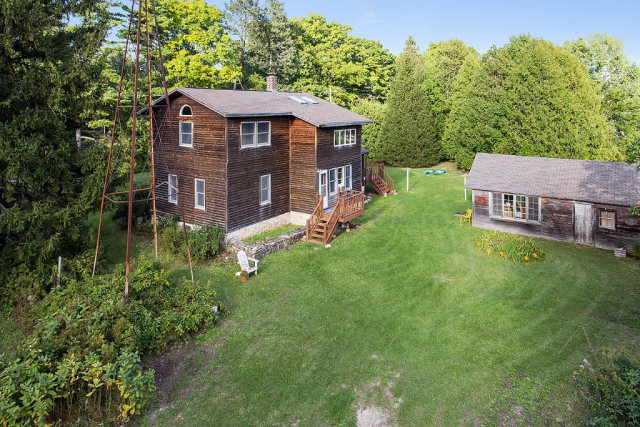 4237 Cottage Row Rd, Fish Creek, WI 54212
