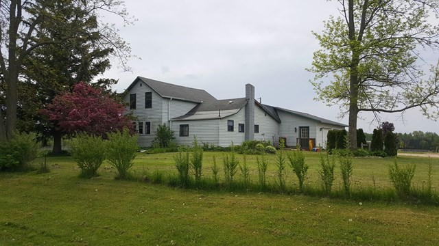4827 County Rd T, Sturgeon Bay, WI 54235