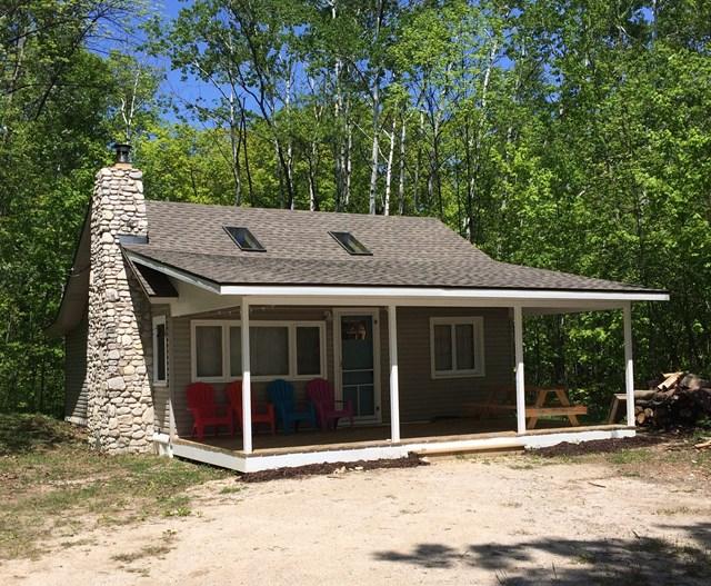 1066 Cottage Rd, Ellison Bay, WI 54210