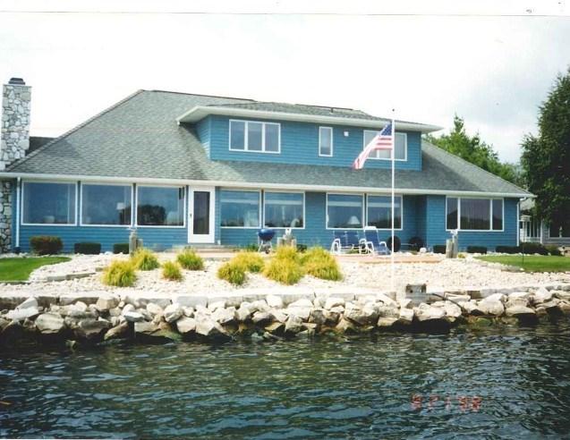 540 Vine Ct, Sturgeon Bay, WI 54235