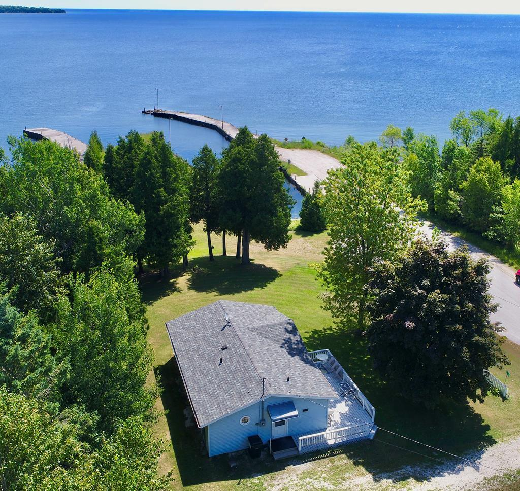 Photo of 1168 Waters End Rd 475000, Sister Bay, WI 54234
