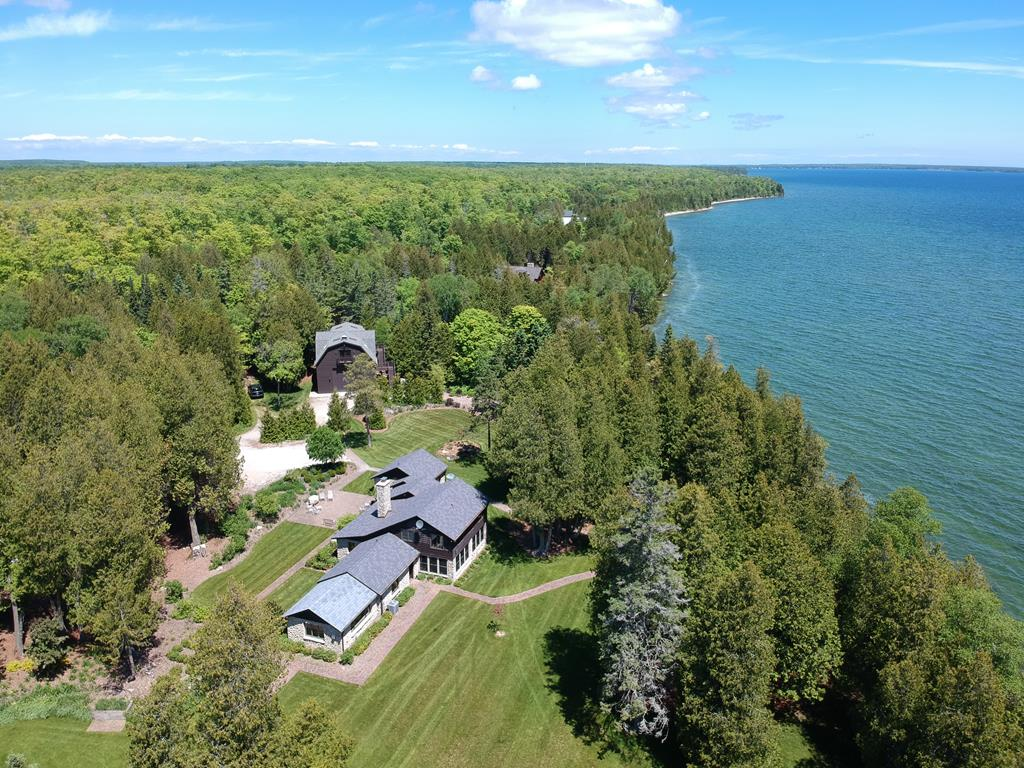 Photo of 7130 All Creatures Ln, Baileys Harbor, WI 54202