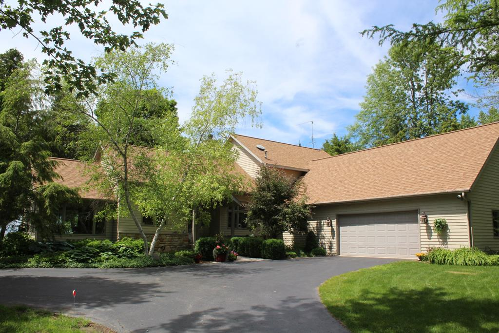 Photo of 6347 Bay Shore Dr 749500, Egg Harbor, WI 54209