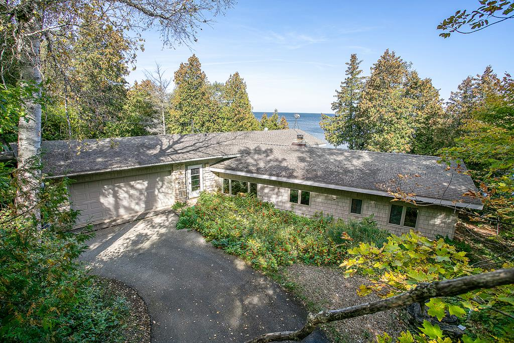Photo of 772 Wisconsin Bay Rd 695000, Gills Rock, WI 54210
