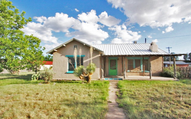 308 Woodward Ave, Fort Davis, TX 79734