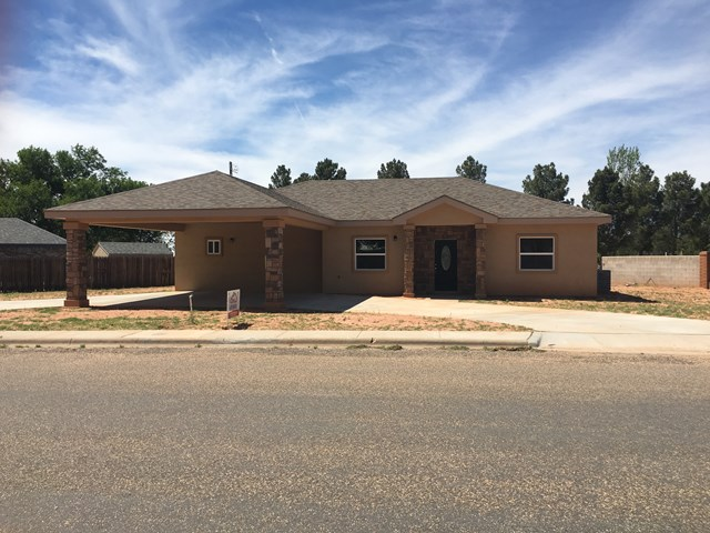 1700 Thompson, Crane, TX 79731