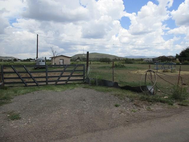 Mountain View Ln, Alpine, TX 79830