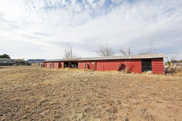 902 W Uvalde, Alpine, TX 79830