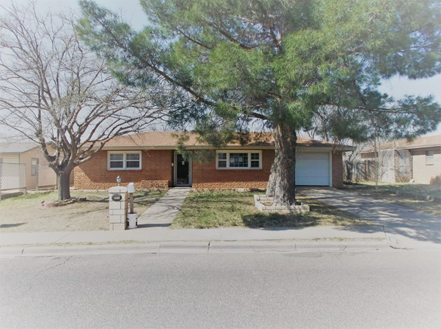 605 NW 5th St, Andrews, TX 79714
