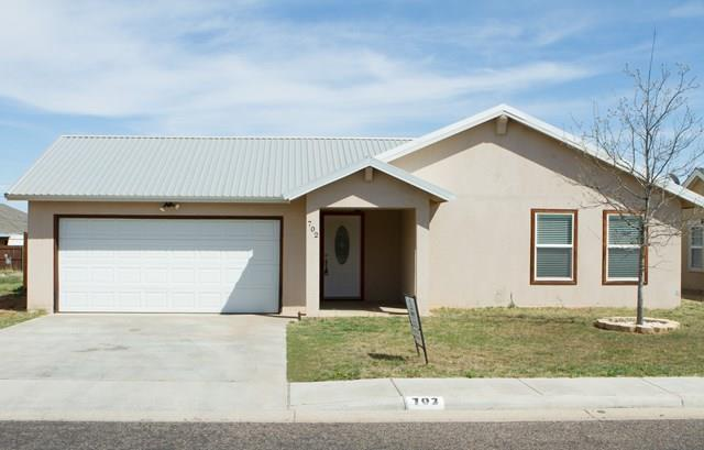 702  NW 9th St, Andrews, TX 79714