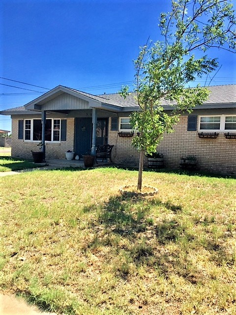 901 NW 13th St, Andrews, TX 79714