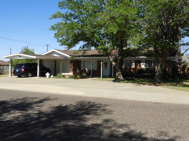 1416 NW 9th St, Andrews, TX 79714