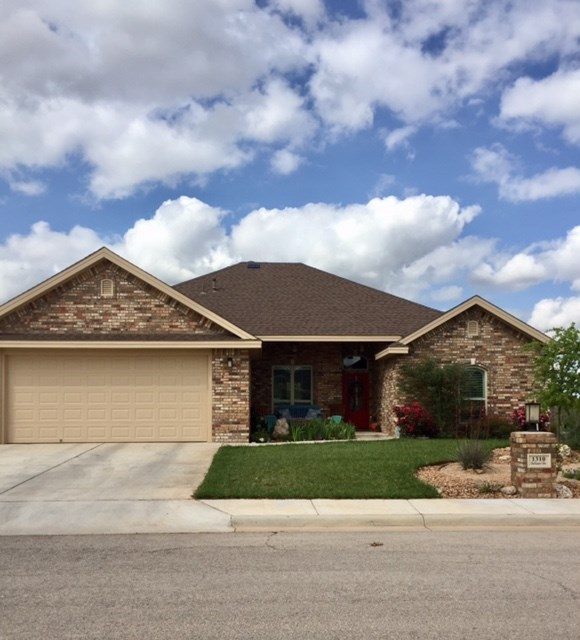 1310 Bellaire Dr, Andrews, TX 79714