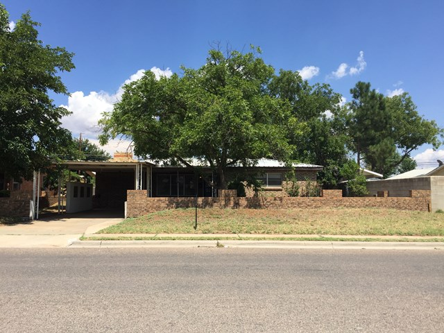 504 NW 5th St, Andrews, TX 79714