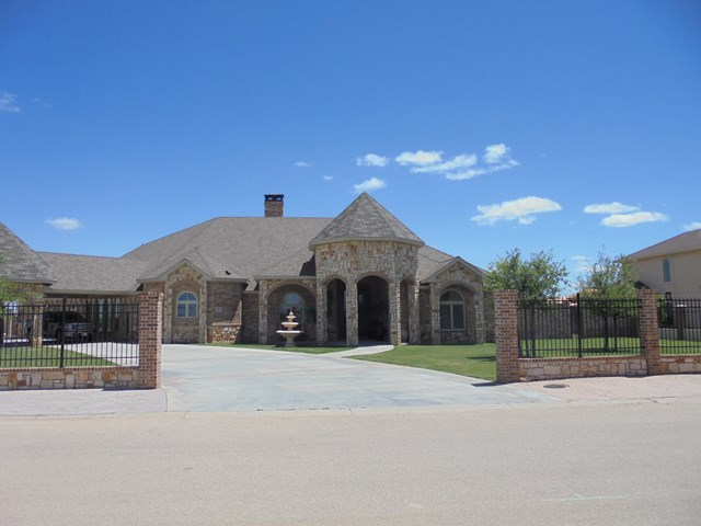 58 Royal Manor Dr, Odessa, TX 79765