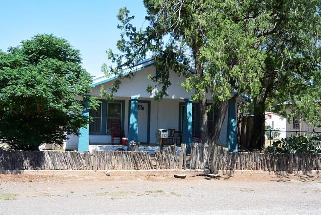 506 N 3rd St, Alpine, TX 79830