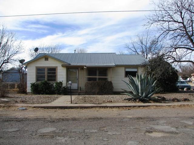 1007 N 8th St, Alpine, TX 79830