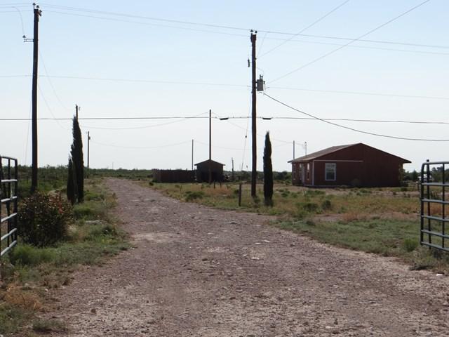 3061 S Westcliff Rd, Odessa, TX 79763