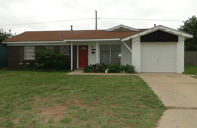 4711 W Cuthbert Ave, Midland, TX 79703