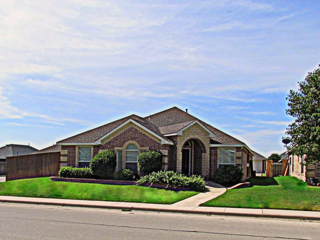 6920 Stonehenge Rd, Odessa, TX 79765