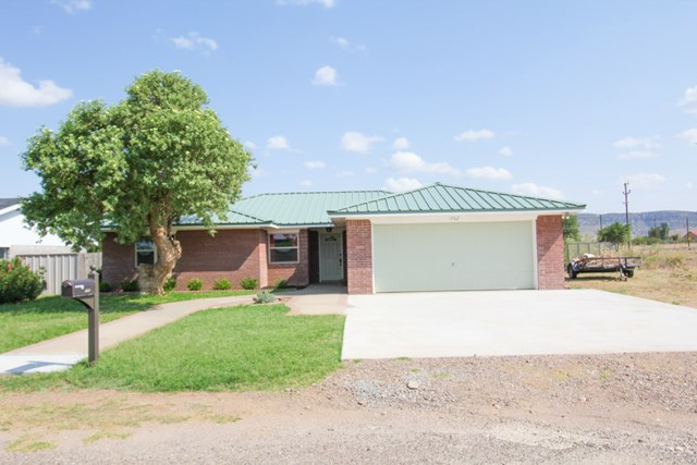 1702 W Ave F, Alpine, TX 79830