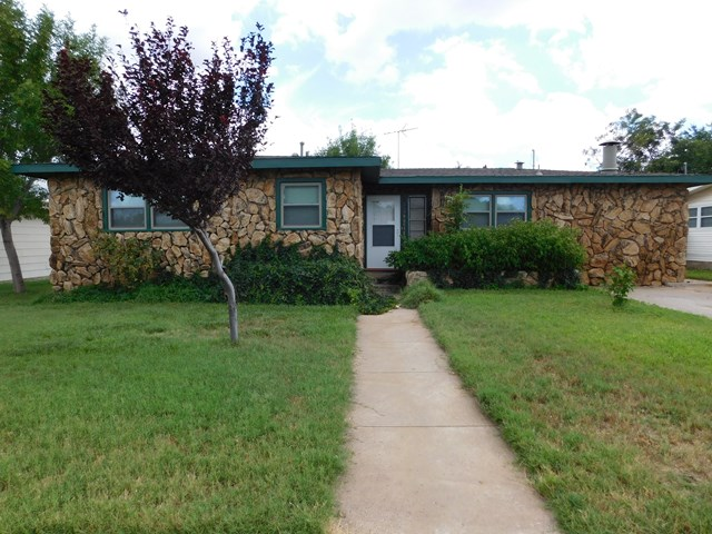 2518 Beechwood, Odessa, TX 79761
