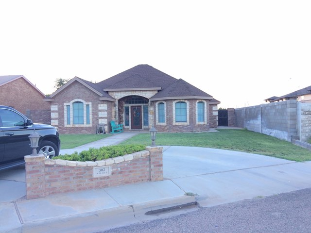 302 NW Ave. L, Andrews, TX 79714