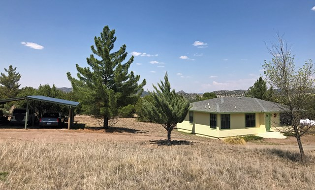 105 Black Walnut, Alpine, TX 79830