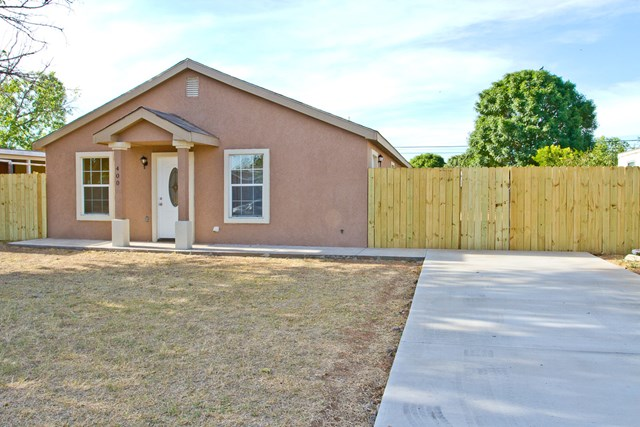 400 E Nobles Ave, Midland, TX 79701
