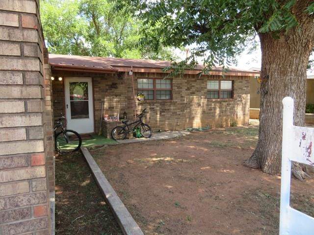906 NE 6th St, Andrews, TX 79714