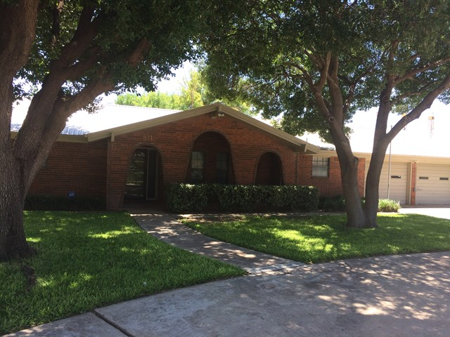 811 Lennox Dr, Odessa, TX 79764