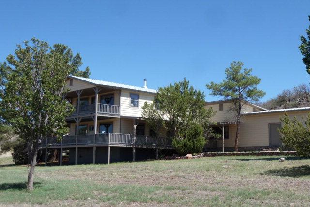 200 Warbonnet Road, Fort Davis, TX 79734