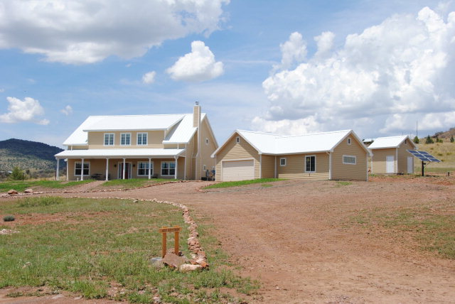402 Olds Creek Road, Fort Davis, TX 79734