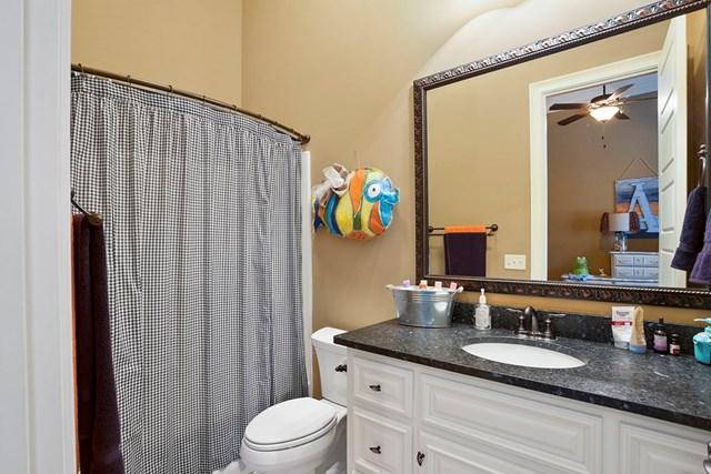 Bedroom 4 bath