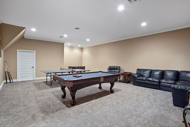 Theater room or gameroom