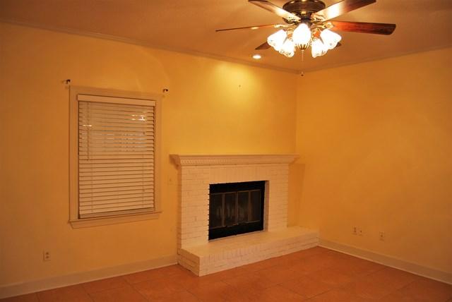 Living Room Add