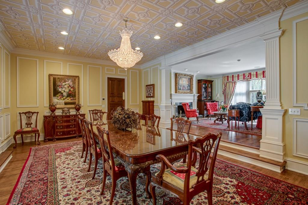 Formal dining/living rooms