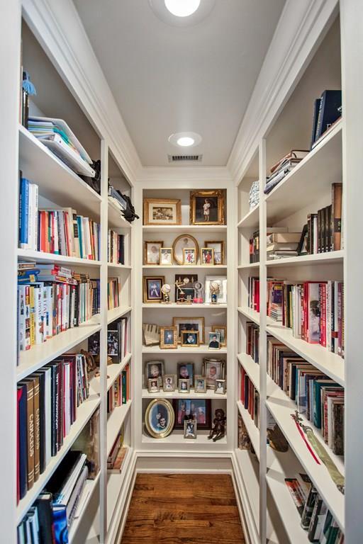 Master bedroom book shelves