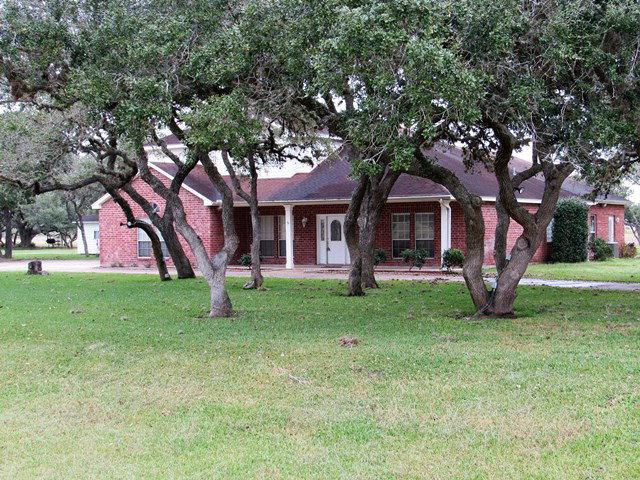 602 O'Brien Rd, Refugio, TX 78377