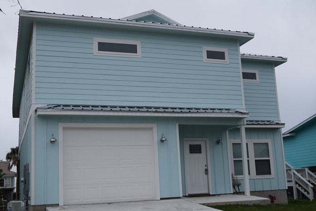 147 Port Royal, City by the Sea, TX 78336