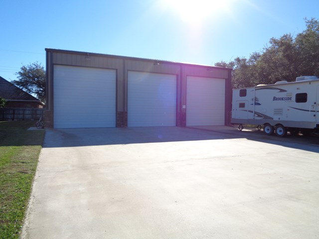 610 Oak Ave, ROCKPORT, TX 78382