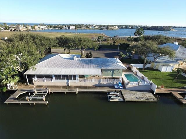 2404 Lakeview Dr, ROCKPORT, TX 78382
