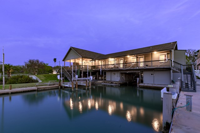411 Woodhaven, Ingleside on the Bay, TX 78362