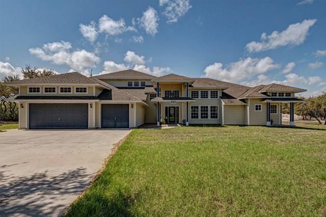 981  Weeping Willow, ROCKPORT, TX 78382